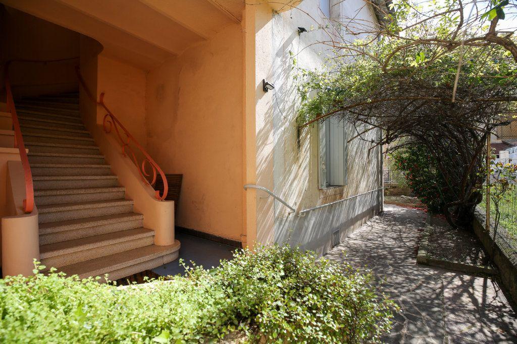 Maison à vendre 7 135m2 à Lamalou-les-Bains vignette-4