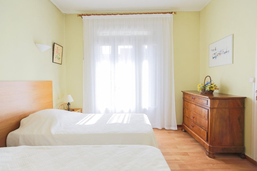 Maison à vendre 7 135m2 à Lamalou-les-Bains vignette-6