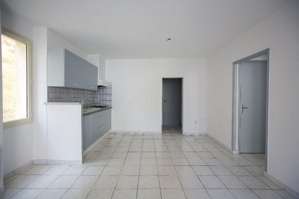 Appartement à vendre 3 55m2 à Pézenas vignette-4