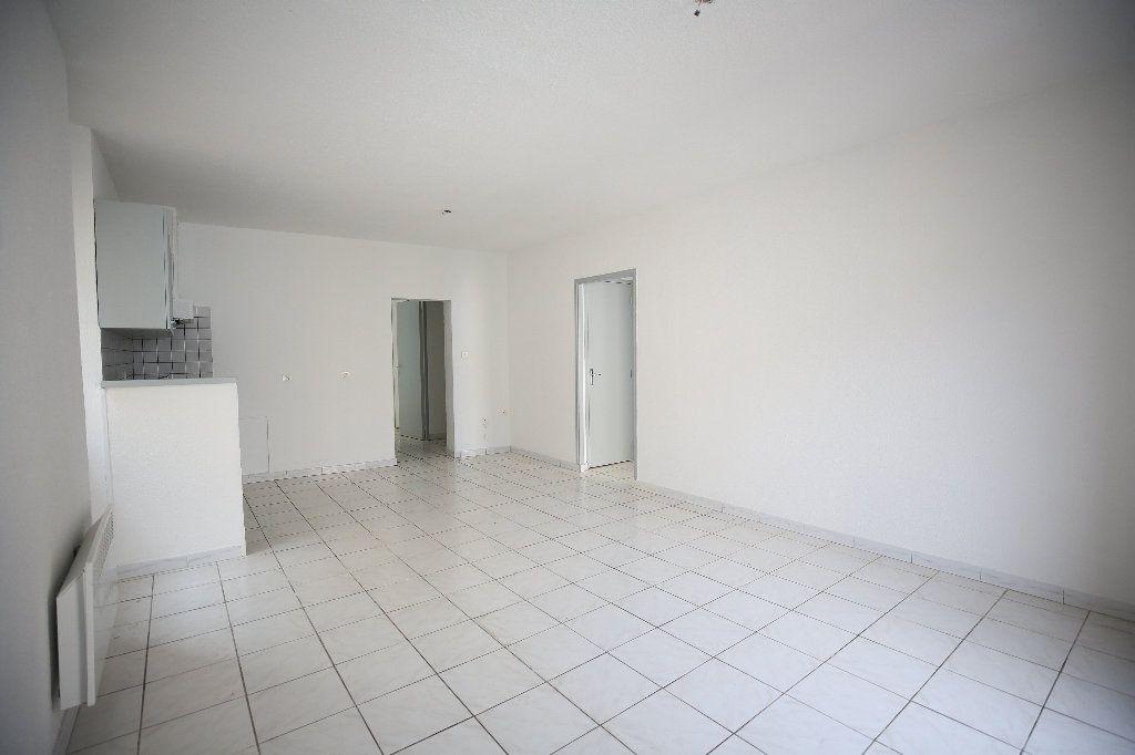 Appartement à vendre 3 55m2 à Pézenas vignette-5