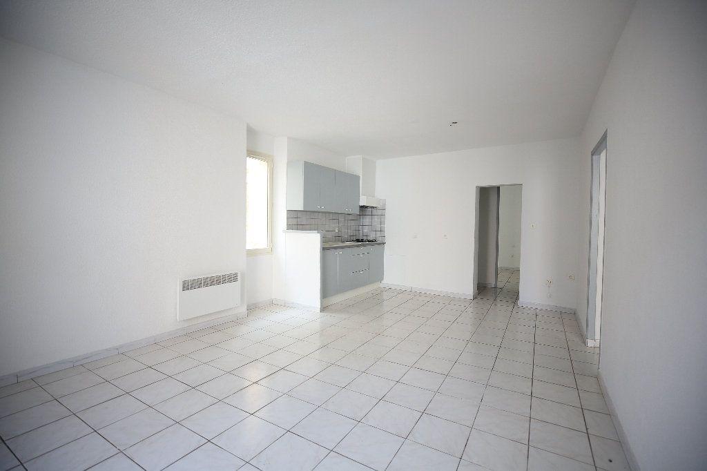 Appartement à vendre 3 55m2 à Pézenas vignette-9