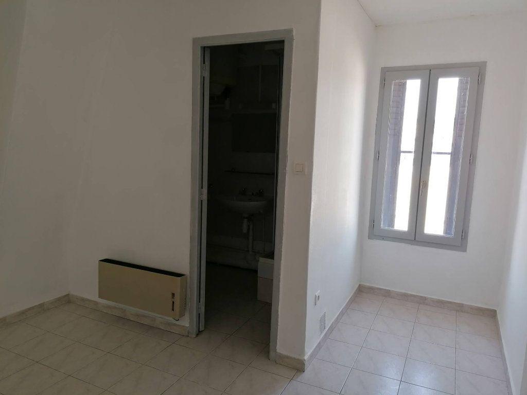 Appartement à louer 2 46.15m2 à Béziers vignette-4