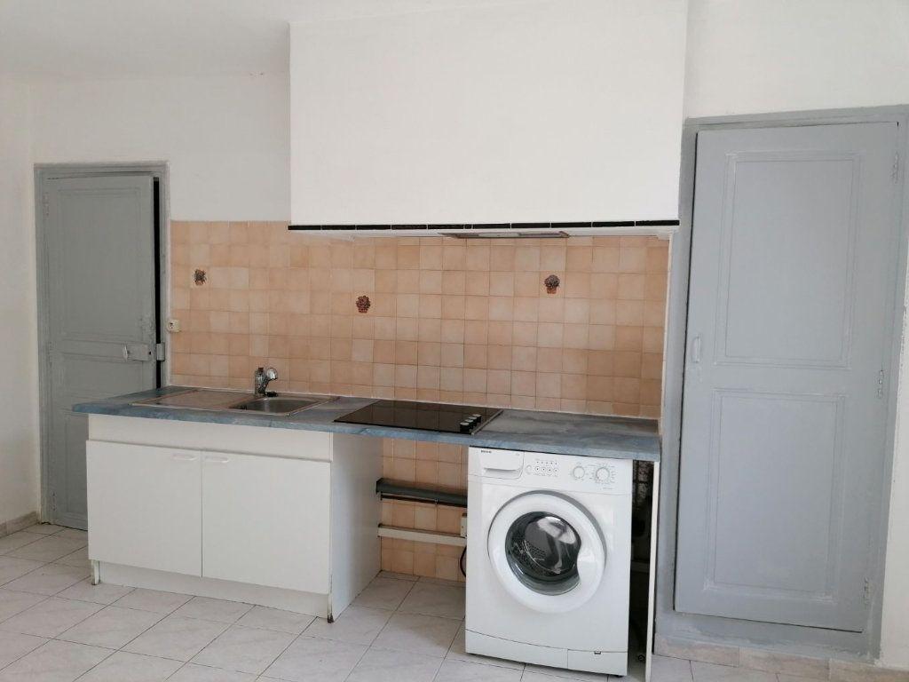 Appartement à louer 2 46.15m2 à Béziers vignette-5