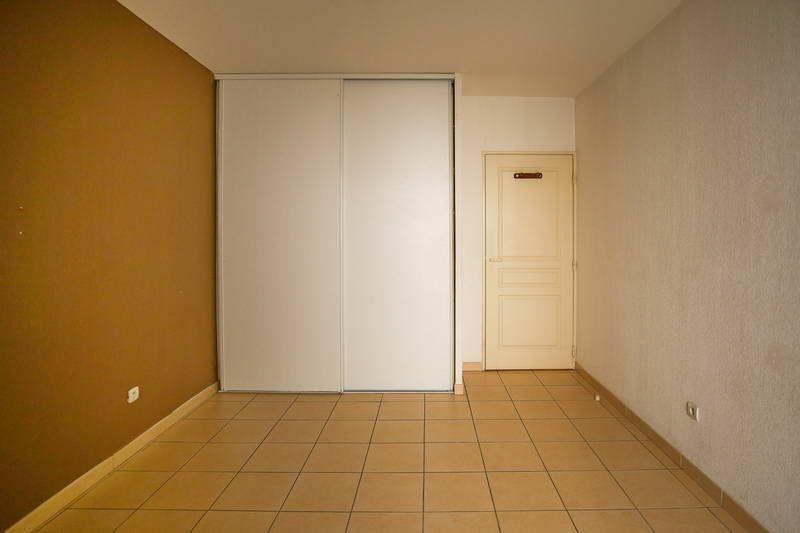 Appartement à vendre 4 109.2m2 à Agde vignette-4