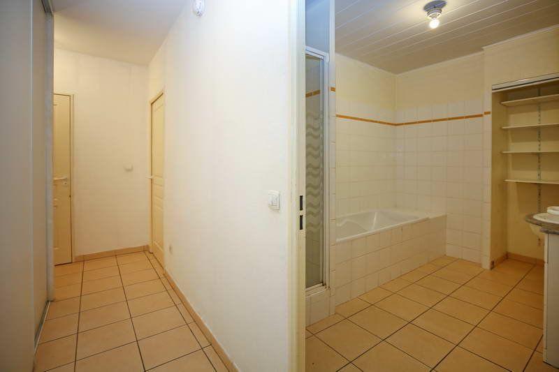 Appartement à vendre 4 109.2m2 à Agde vignette-7