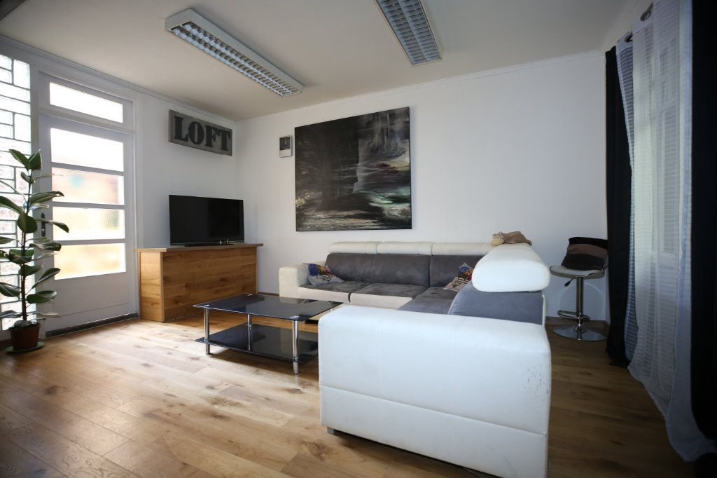 Appartement à vendre 5 101.17m2 à Béziers vignette-1