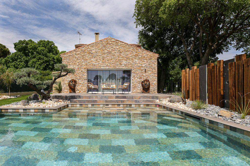 Maison à vendre 5 160m2 à Béziers vignette-1
