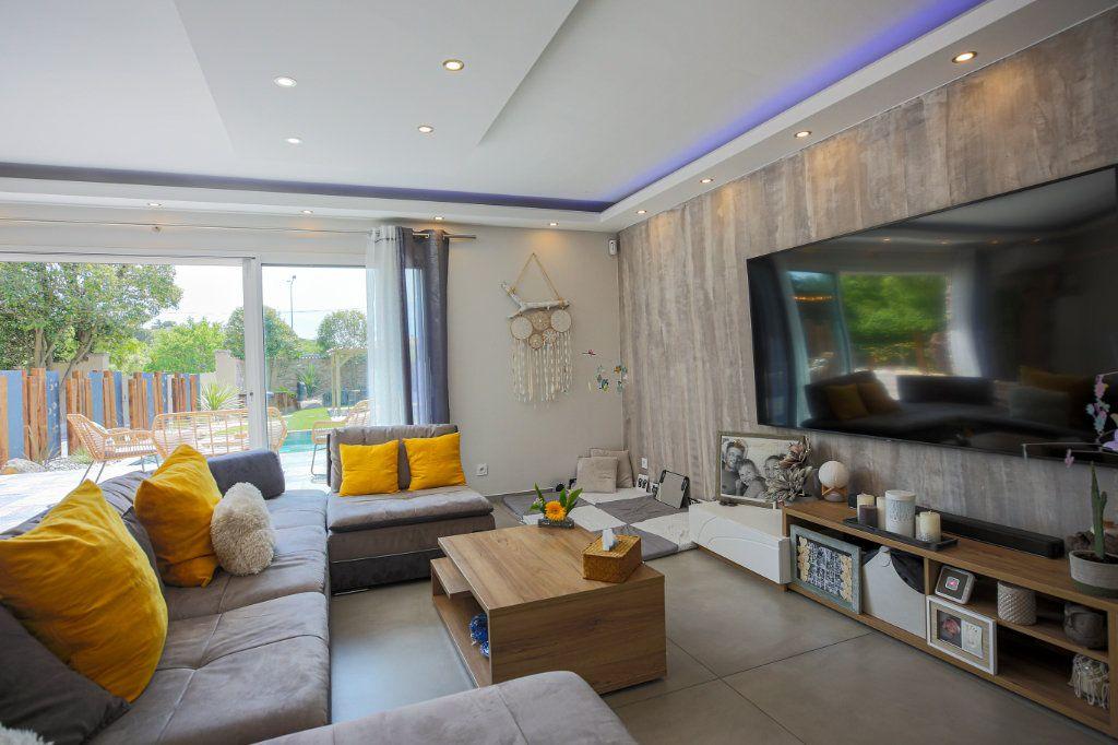 Maison à vendre 5 160m2 à Béziers vignette-8