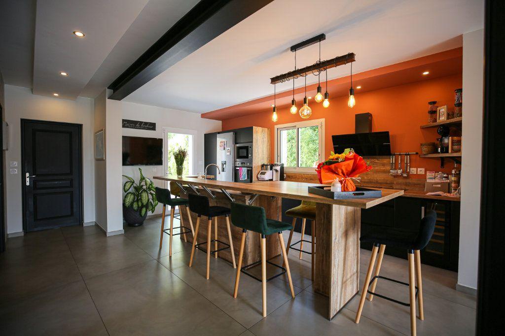 Maison à vendre 5 160m2 à Béziers vignette-10
