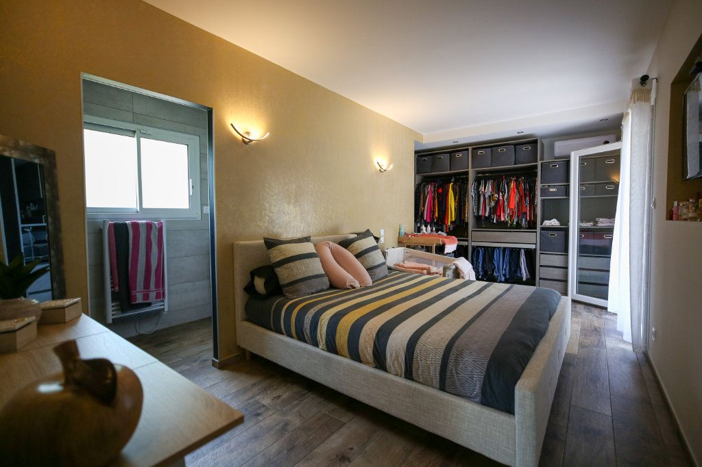 Maison à vendre 5 160m2 à Béziers vignette-13