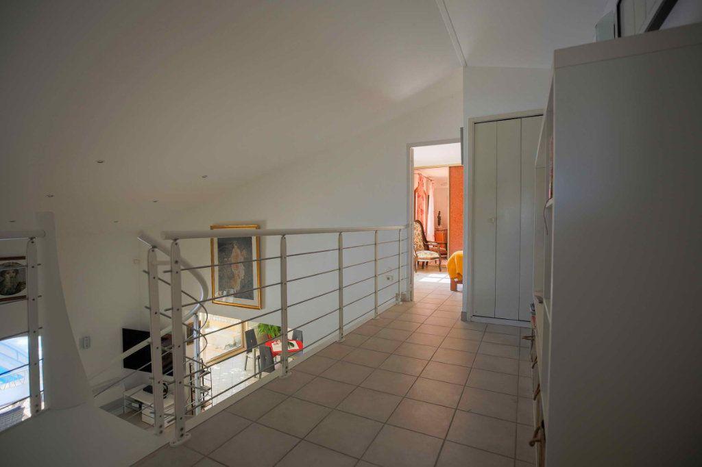 Maison à vendre 7 179.5m2 à Marseillan vignette-12