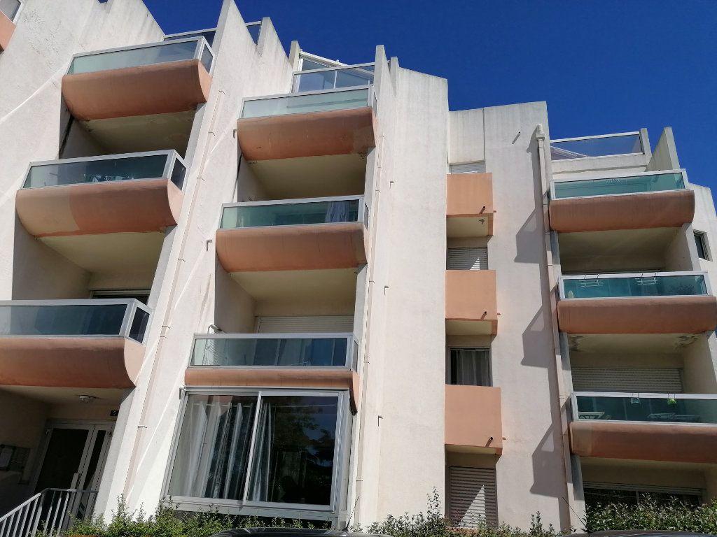 Appartement à louer 2 40.3m2 à Béziers vignette-5