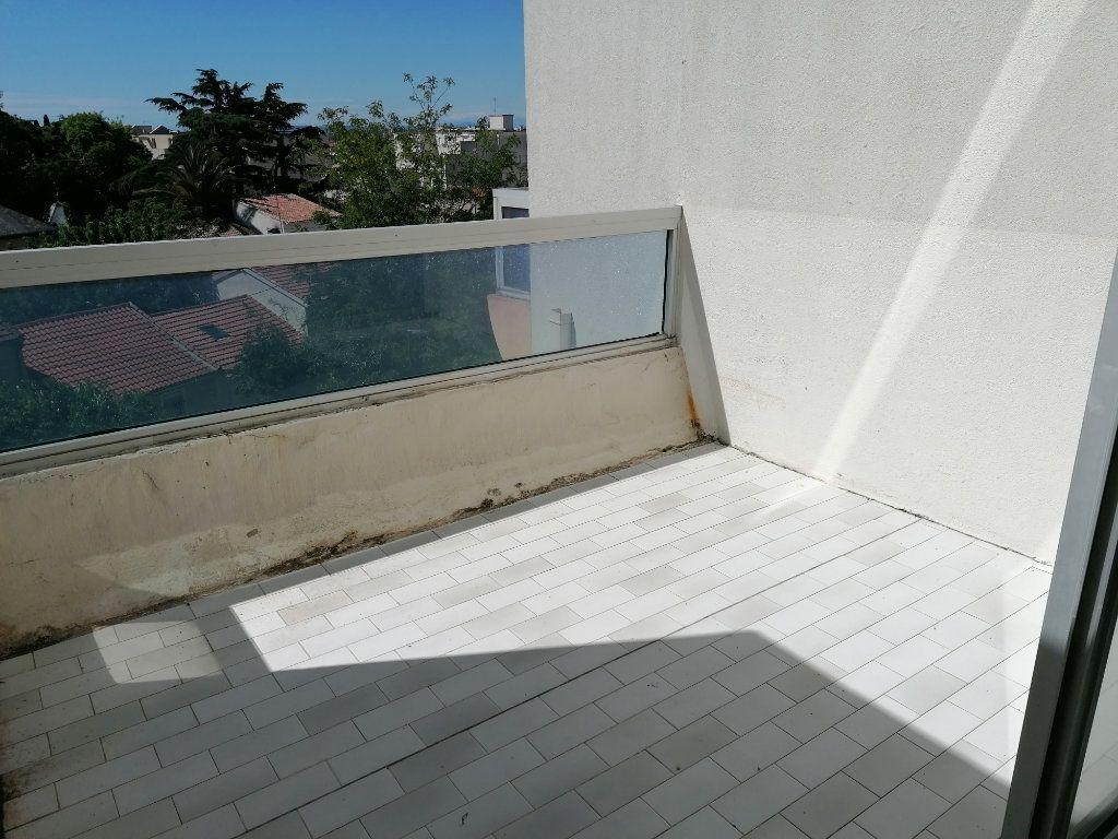 Appartement à louer 2 40.3m2 à Béziers vignette-6