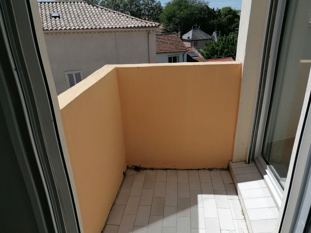 Appartement à louer 2 40.3m2 à Béziers vignette-9