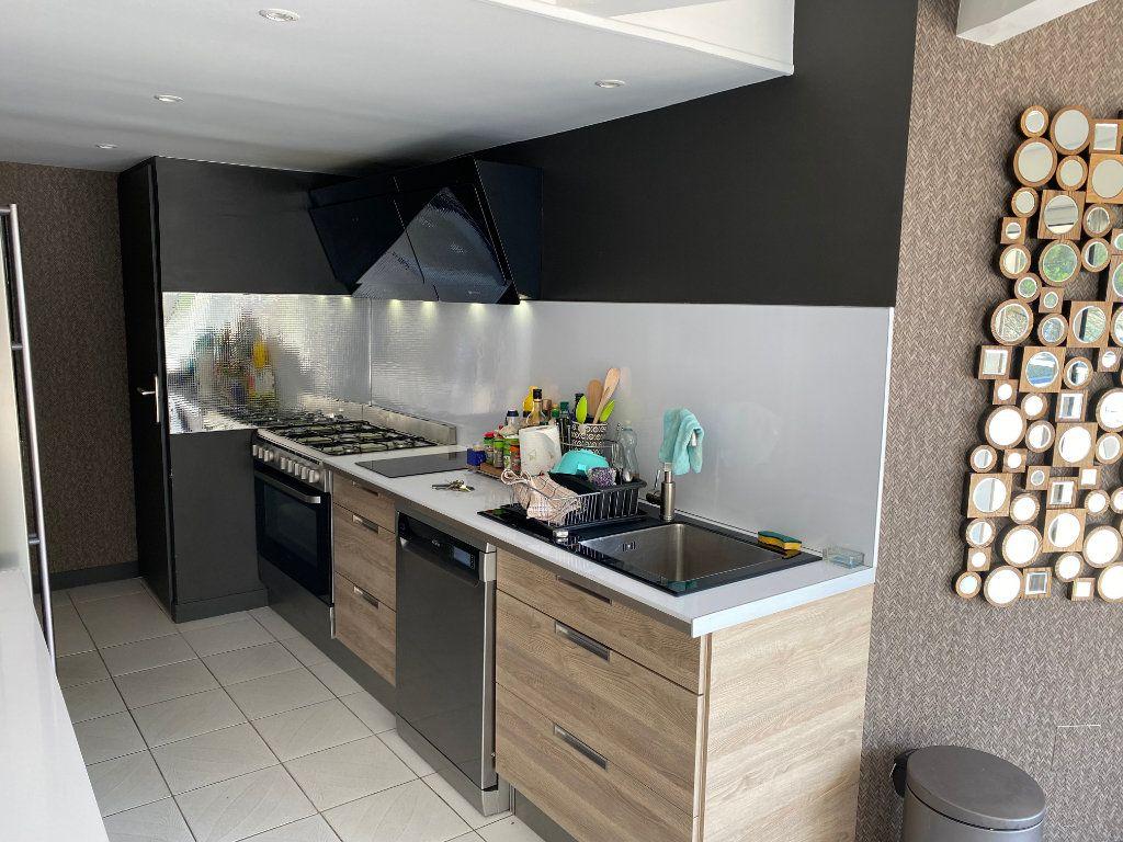 Appartement à vendre 5 230m2 à Le Cap d'Agde - Agde vignette-2