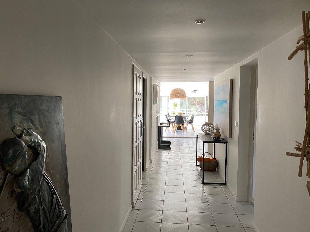 Appartement à vendre 5 230m2 à Le Cap d'Agde - Agde vignette-5