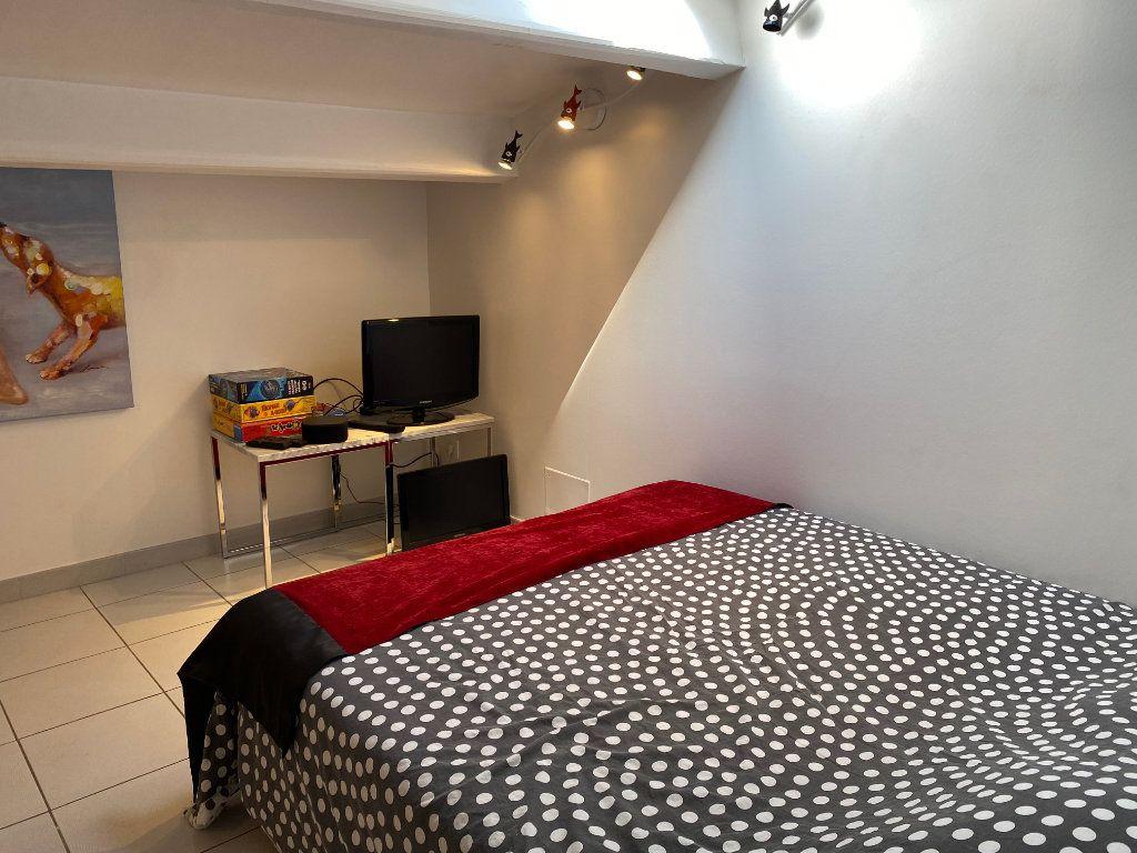 Appartement à vendre 5 230m2 à Le Cap d'Agde - Agde vignette-7