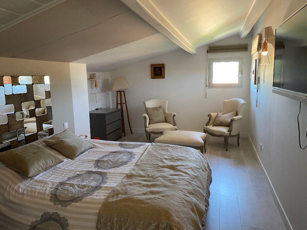 Appartement à vendre 5 230m2 à Le Cap d'Agde - Agde vignette-9
