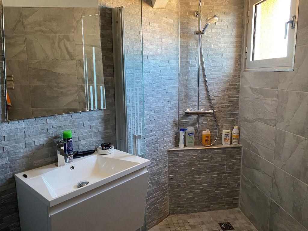 Appartement à vendre 5 230m2 à Le Cap d'Agde - Agde vignette-12