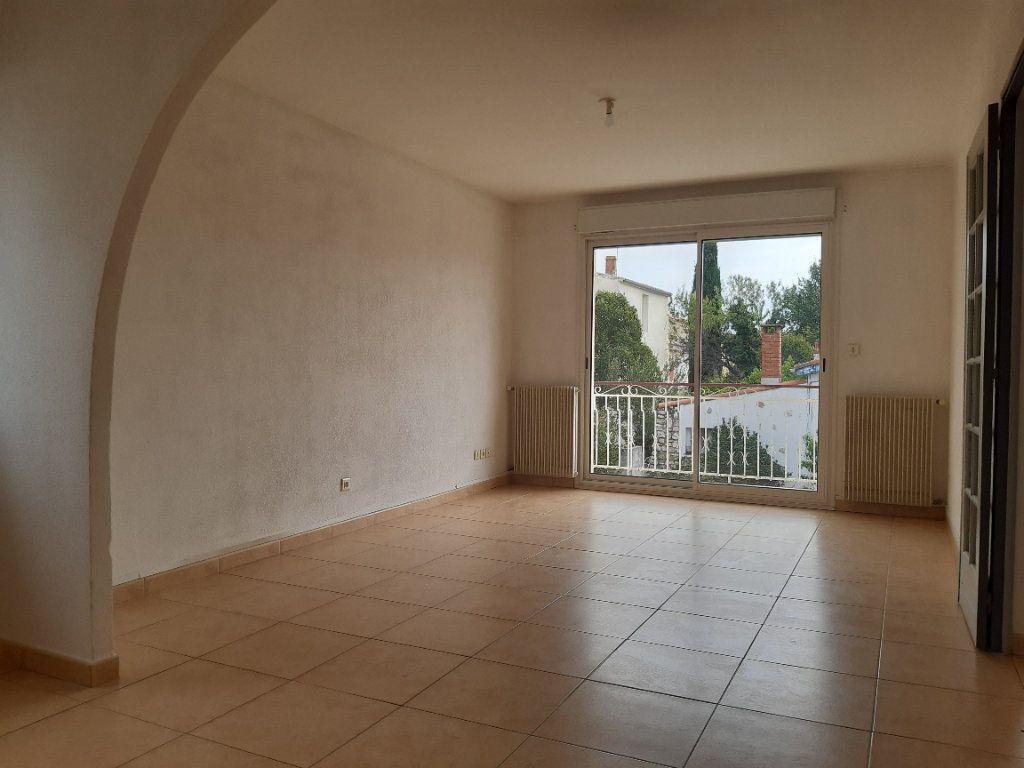 Appartement à louer 3 70m2 à Pomérols vignette-1