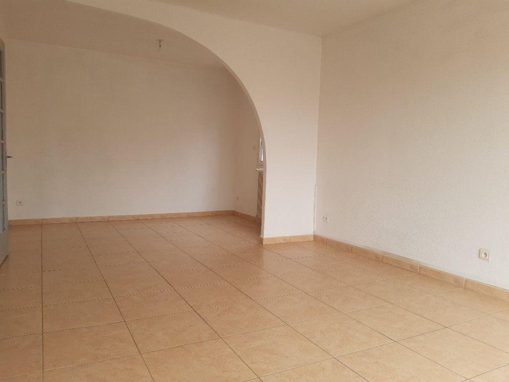 Appartement à louer 3 70m2 à Pomérols vignette-2