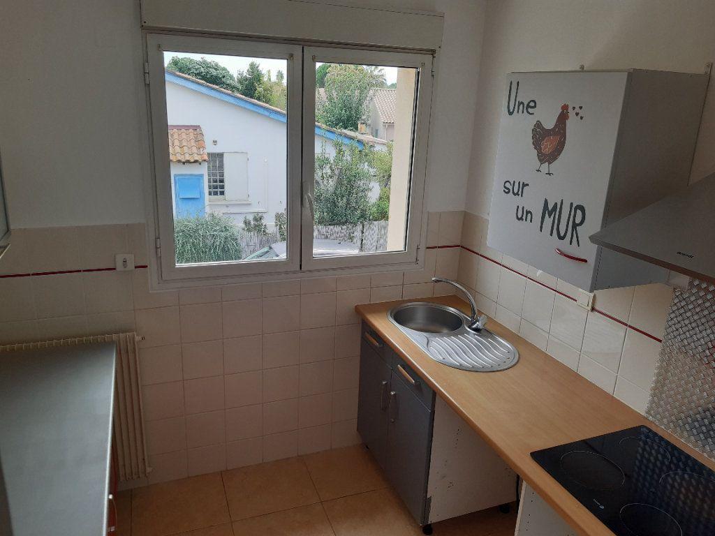 Appartement à louer 3 70m2 à Pomérols vignette-4