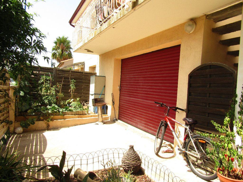 Appartement à louer 3 70m2 à Pomérols vignette-8