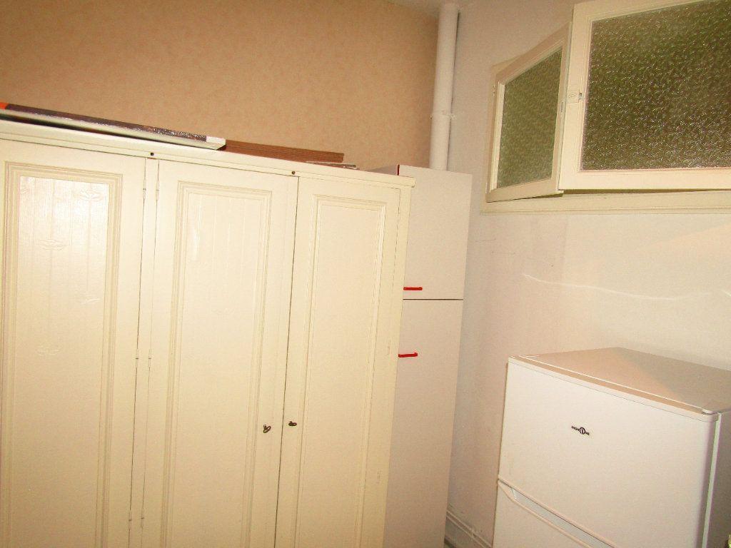 Appartement à louer 3 92m2 à Béziers vignette-6