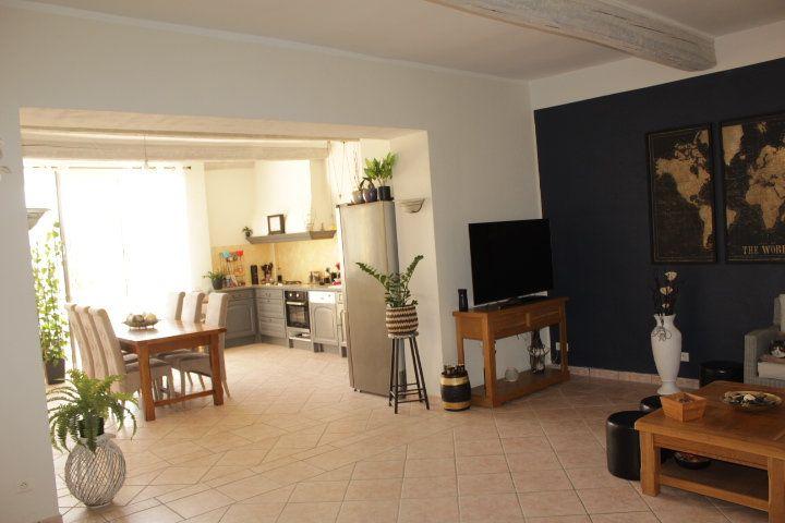 Maison à vendre 5 194m2 à Thézan-lès-Béziers vignette-5