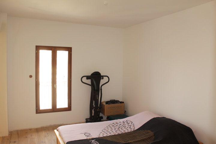 Maison à vendre 5 194m2 à Thézan-lès-Béziers vignette-9