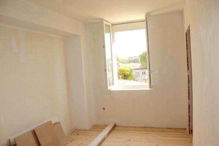 Maison à vendre 5 194m2 à Thézan-lès-Béziers vignette-12