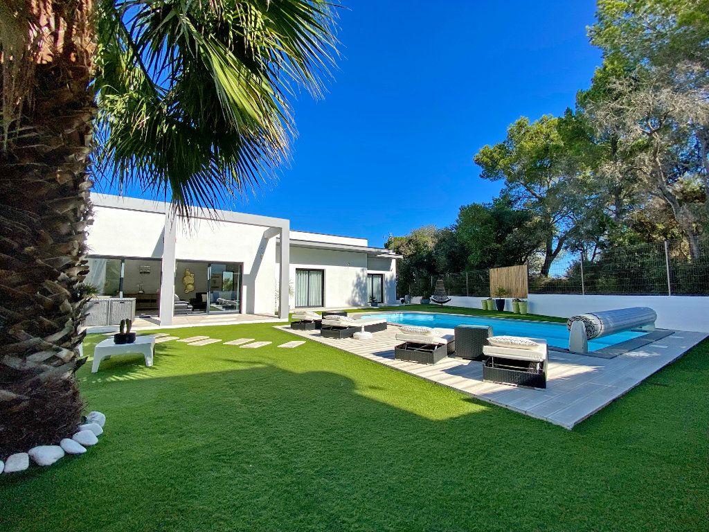 Maison à vendre 4 150m2 à Agde vignette-1