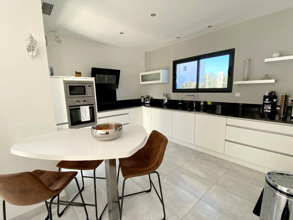 Maison à vendre 4 150m2 à Agde vignette-3