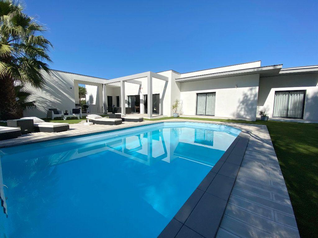 Maison à vendre 4 150m2 à Agde vignette-4