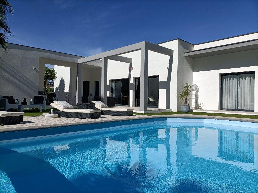 Maison à vendre 4 150m2 à Agde vignette-14