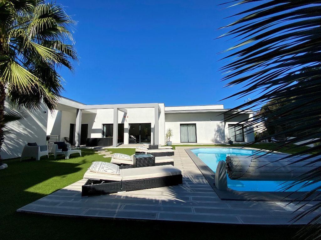 Maison à vendre 4 150m2 à Agde vignette-15