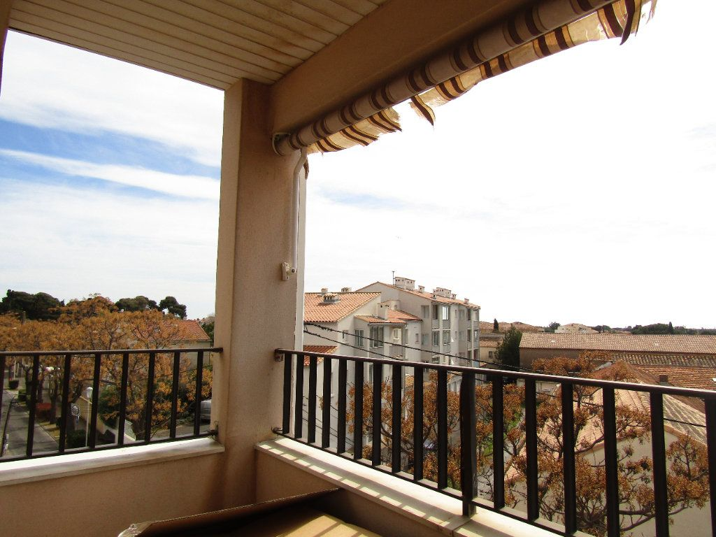 Appartement à louer 2 30m2 à Agde vignette-2