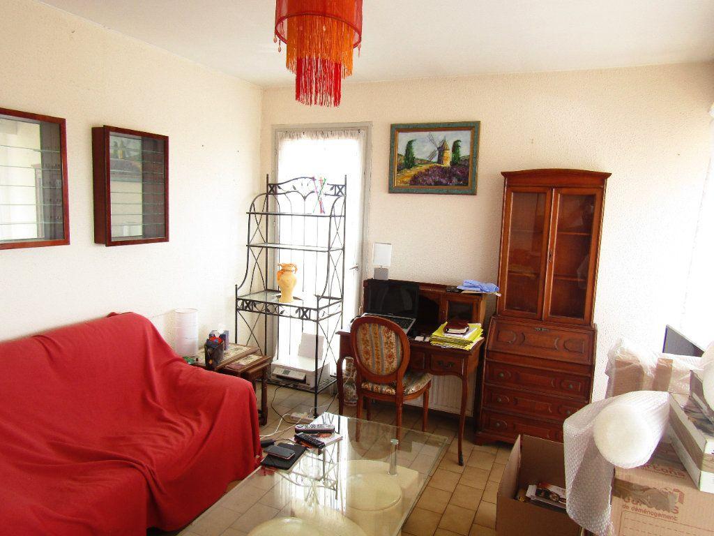 Appartement à louer 2 30m2 à Agde vignette-3