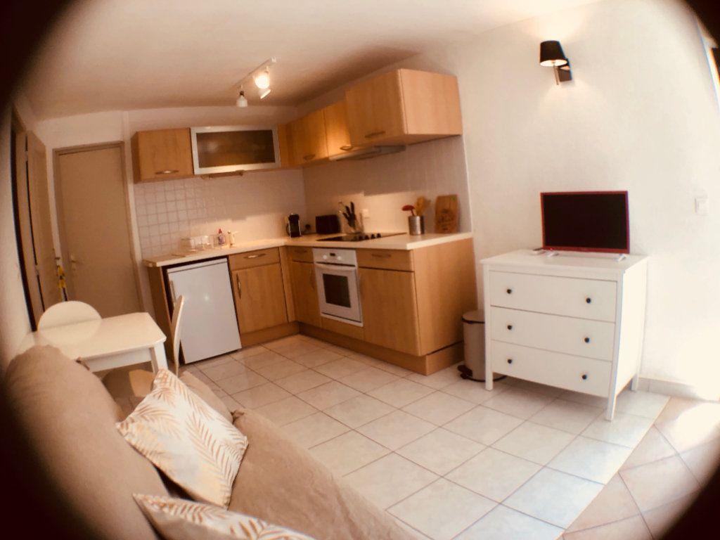 Appartement à louer 1 21m2 à Marseillan vignette-2