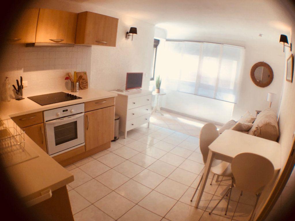 Appartement à louer 1 21m2 à Marseillan vignette-5
