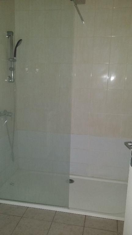 Appartement à louer 2 34.2m2 à Istres vignette-5
