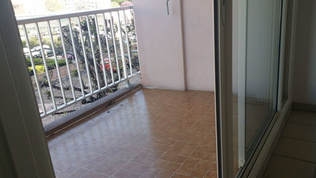 Appartement à louer 1 38.56m2 à Istres vignette-3