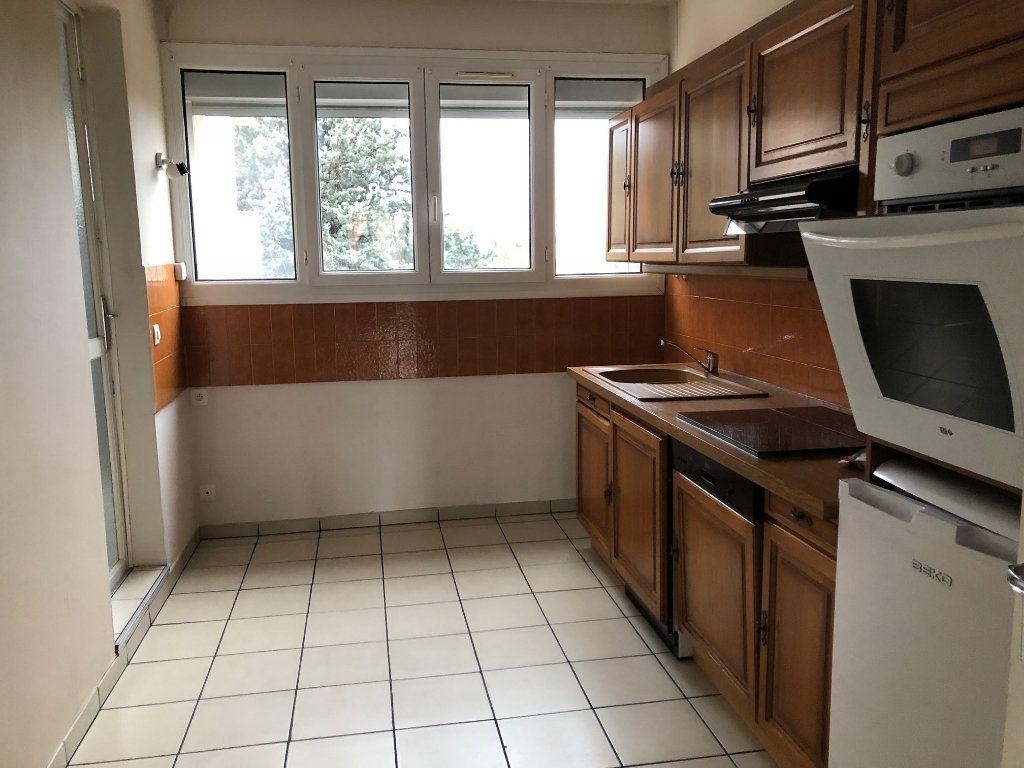 Appartement à louer 1 38.56m2 à Istres vignette-5