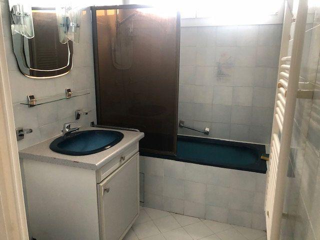 Appartement à louer 1 38.56m2 à Istres vignette-6