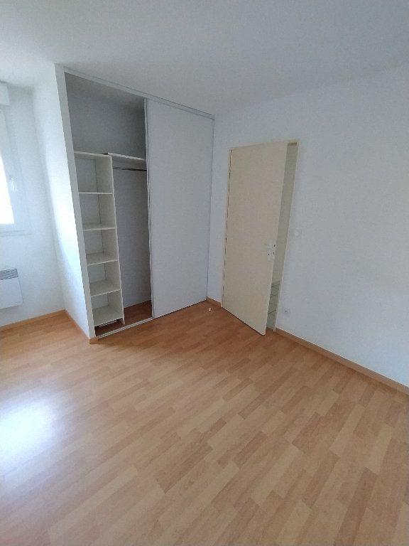 Appartement à louer 2 47.4m2 à Miramas vignette-4