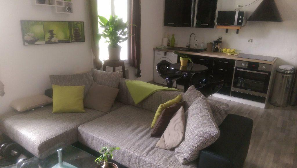 Appartement à louer 1 30.18m2 à Istres vignette-1