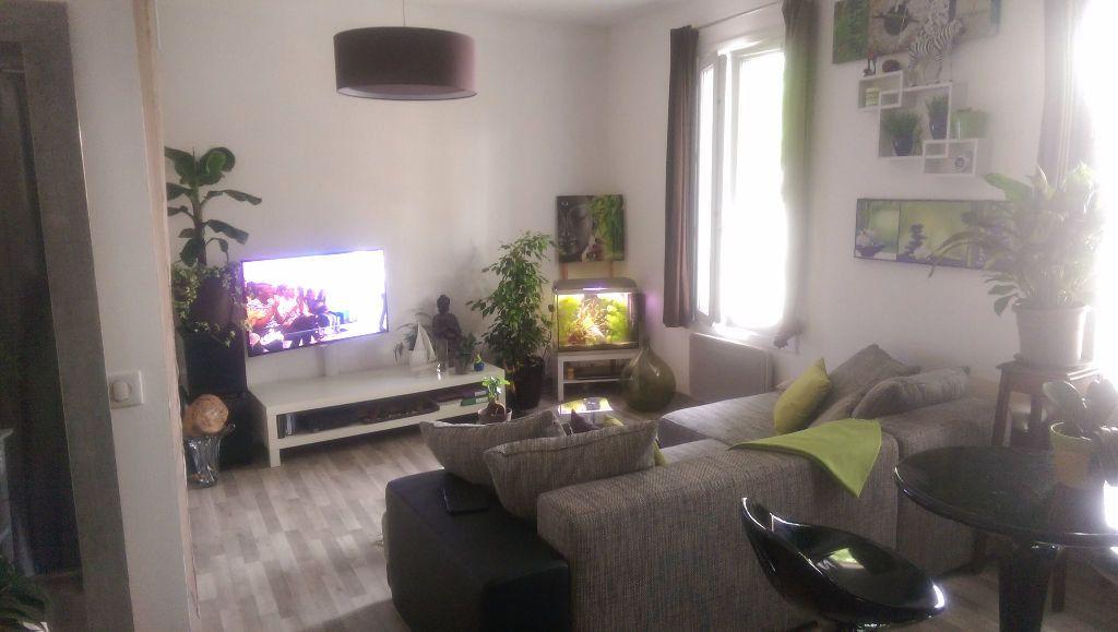 Appartement à louer 1 30.18m2 à Istres vignette-2