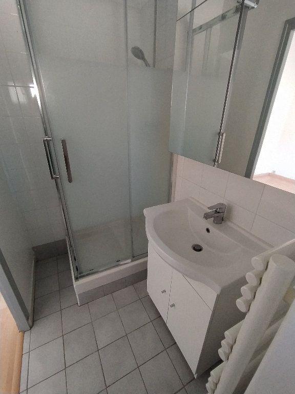 Appartement à louer 2 41.22m2 à Cavaillon vignette-8