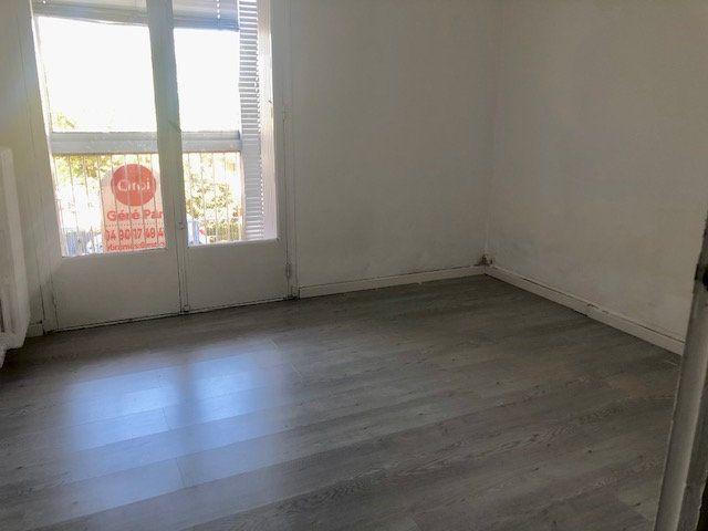 Appartement à louer 3 56.54m2 à Miramas vignette-6