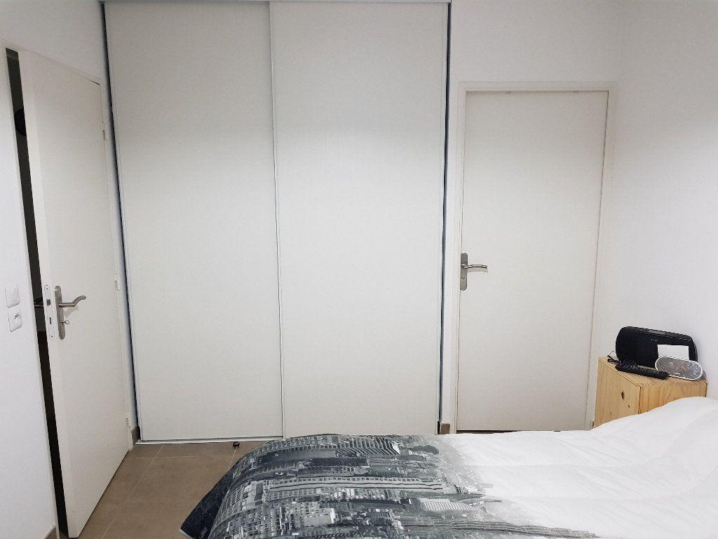 Appartement à vendre 2 49m2 à Salon-de-Provence vignette-1